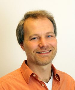Professor <br> Kristian Mueller